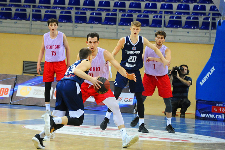 Nika Darbaidze (#11) participated in a player development deal with Spain's Saski Baskonia team, but decided to join the Georgian national team instead of returning to Spain for a second season. (Photo: iFact.ge)